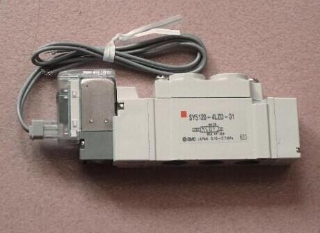 是自带桥式整流电路,并带过电压,过电流安全保护的直动式结构.