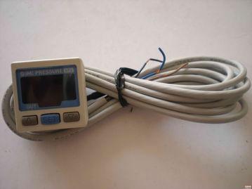 smc压力开关zsp1-sox-15    一,气动元件:    德国品牌:德国festo