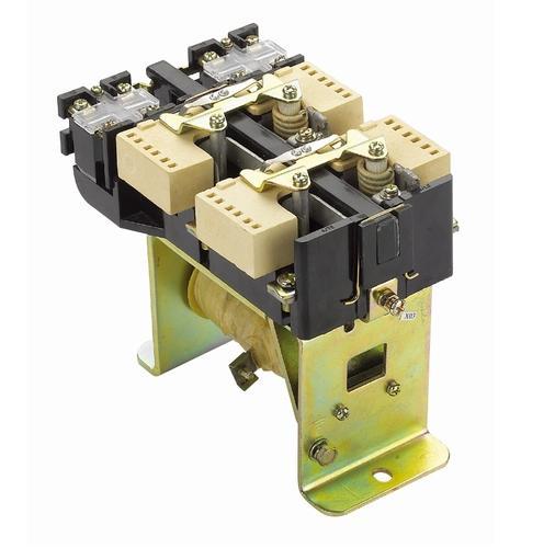 CZ0-100/20|直流接触器 CZ0系列直流接触器主要供远距离接通与断开额定直流工作电压至660V、额定工作电流至1600A的直流电力线路之用,并适宜于直流电动机的频繁起动、停止、换向及反接制动。 产品符合国家标准GB/T 14048.1和GB 14048.4。 产品描述 主要用于远距离频繁地接通与分断额定电压至440V、额定电流至600A的直流电路之用,如控制直流电动机等 证书 CCC认证证书 标准 GB14048.