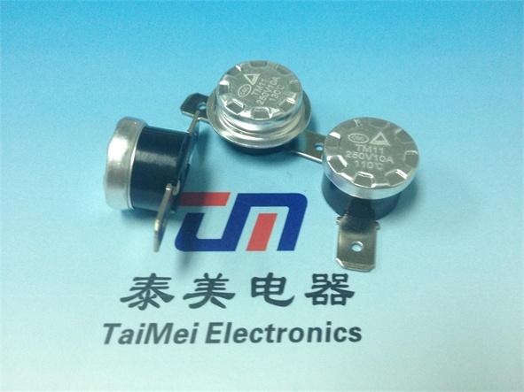 TM22温控器技术参数 电气参数:1)CQC、VDE、UL、CULAC250V50~60Hz5A/10A/15A(阻性负载) 2)ULAC125V50Hz15A(阻性负载) 动作温度范围:0-300(任选),温度精度:23510 回复与动作温度差:8~100(任选) 接线方式:插端子250#(弯0~90可选);插端子187#(弯0~90可选,厚度0.