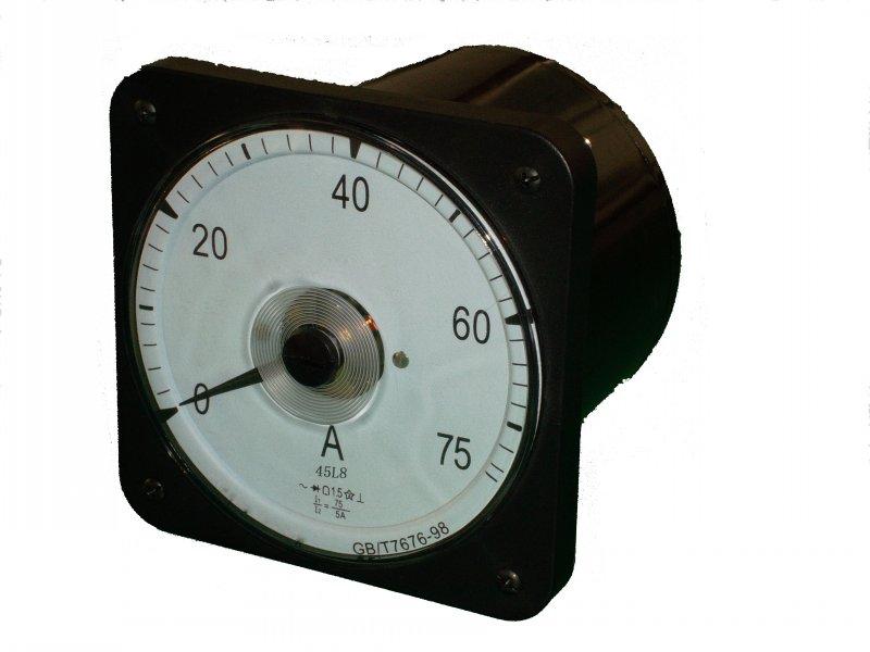 一、安装式广角度船(陆)用电表(张丝结构) 1、概述(通用技术参数) 专业生产船用安装式广角度仪表。主要产品经上海计量局测试合格,已取得中国船级社形式认可。产品符合国家标准GB/T7676-1998等。 本公司产品使用与船用配电柜、铁路机车、电力系统、石油化工、工矿、核电站、移动电站等高要求、环境恶劣场所。 主要产品有F96、Q96(51L5、51T6、51L6),F72、Q72(61T13、61L13、61L14),45C8(2101),45L8(2102、2105~2109),45C9(2101),4