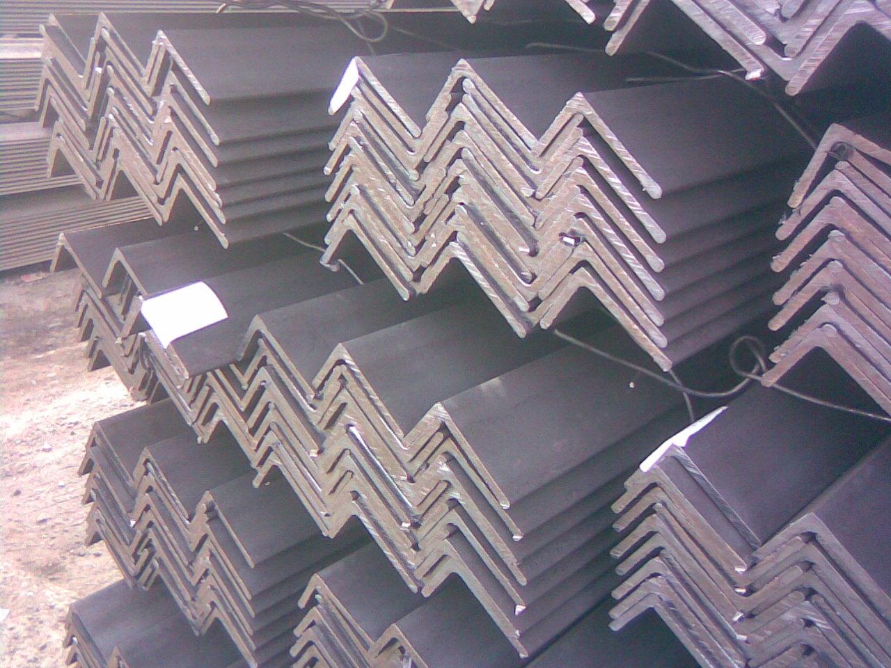 q235钢的屈服强度_角铁型号Q235B是什么意思-求助角铁规格